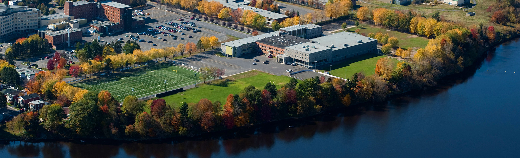 Vue aérienne du collège Saint-Bernard